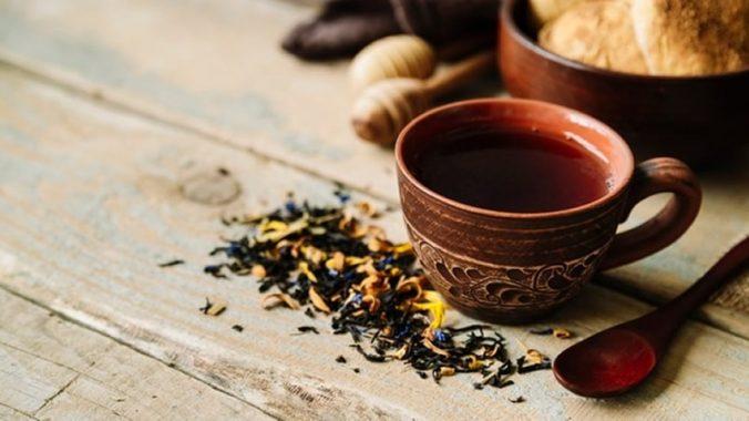 Diminua o colesterol e emagreça bebendo Chá de Maçã com Canela